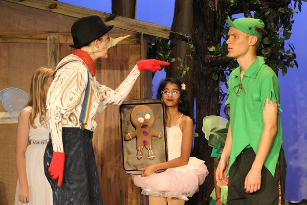 A scene from Shrek the Musical Jr.